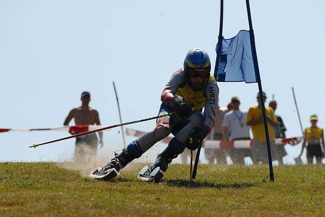 V travním lyžování Češi soutěží na světové úrovni.