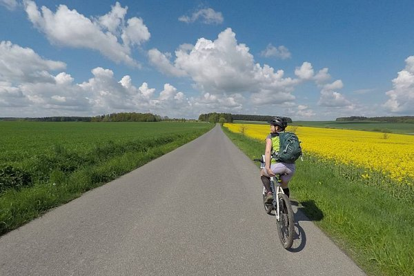 Ski Na kole z Hradce Králové do Týniště a zpět