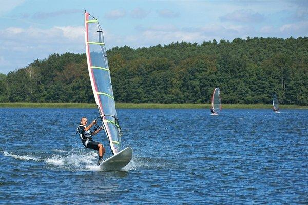 Aktivita Windsurfing Mácháč