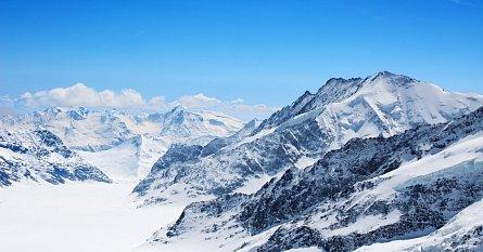 Nejbohatší sněhovou pokrývku najdeme v USA, Švýcarsku i Norsku.